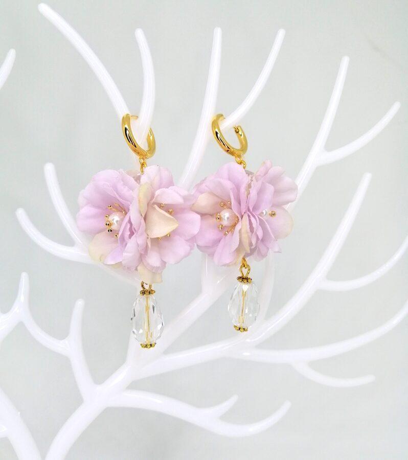 Ziedoši auskari 2